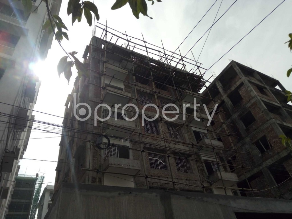 Front view - 2 Bed Apartment to Rent in Bashundhara R-A, Dhaka - 1944346