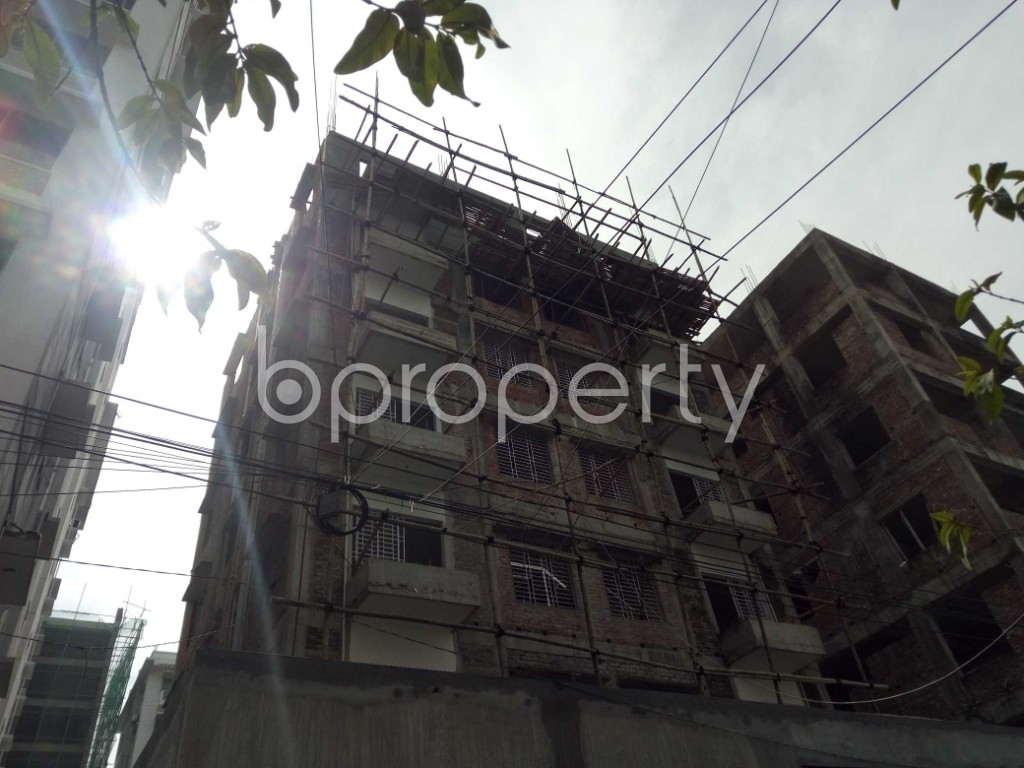Front view - 2 Bed Apartment to Rent in Bashundhara R-A, Dhaka - 1944347