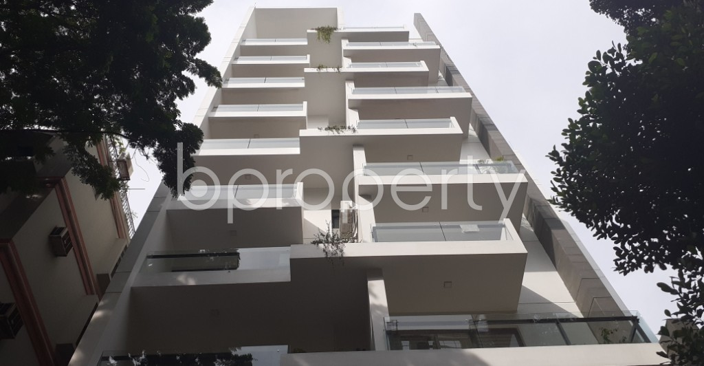 Front view - 3 Bed Apartment to Rent in Gulshan, Dhaka - 1944407
