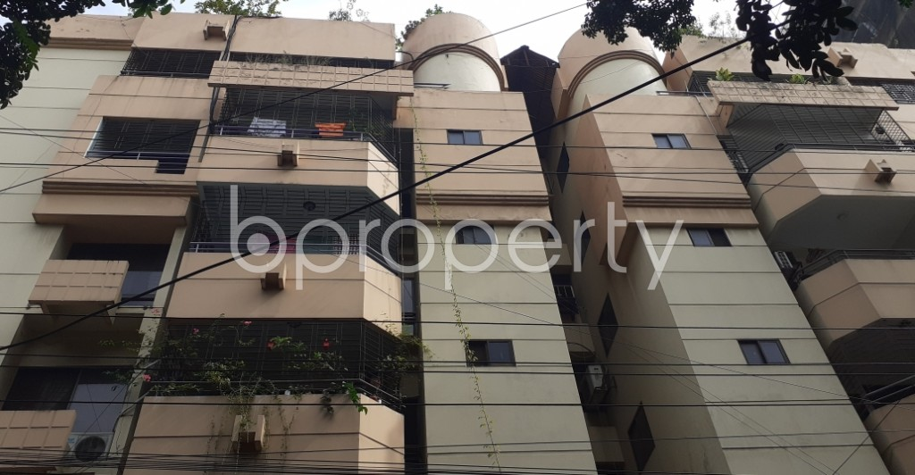 Front view - 4 Bed Apartment to Rent in Gulshan, Dhaka - 1944429