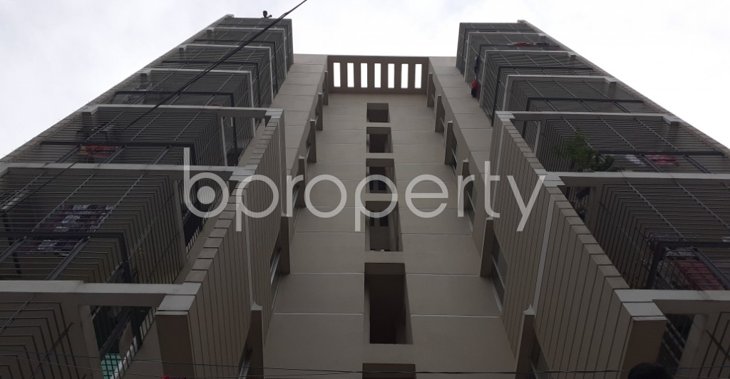 Outside view - 3 Bed Apartment to Rent in Dhanmondi, Dhaka - 1944583