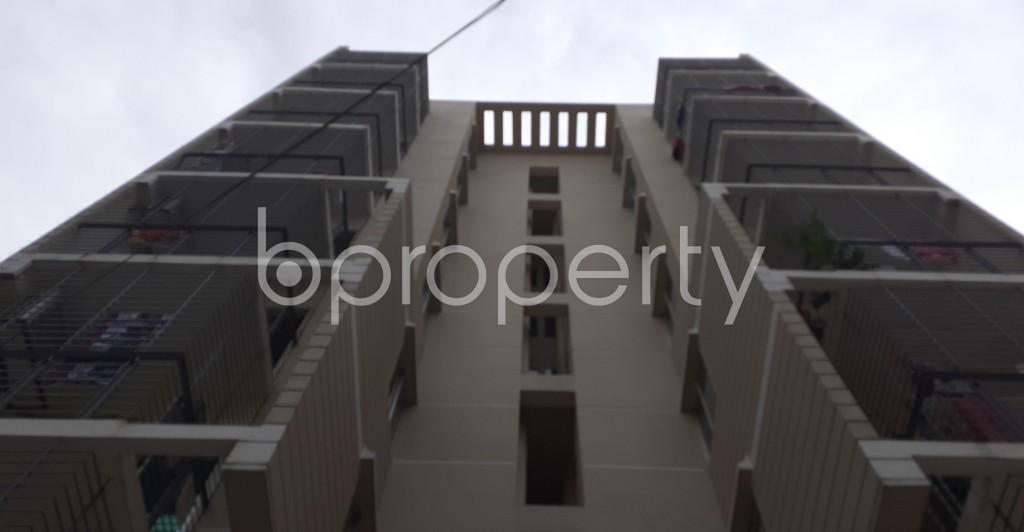 Outside view - 3 Bed Apartment to Rent in Dhanmondi, Dhaka - 1944588