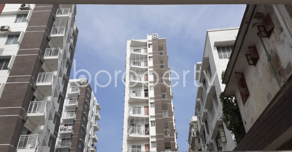 Outside view - 3 Bed Apartment to Rent in Dhanmondi, Dhaka - 1944601