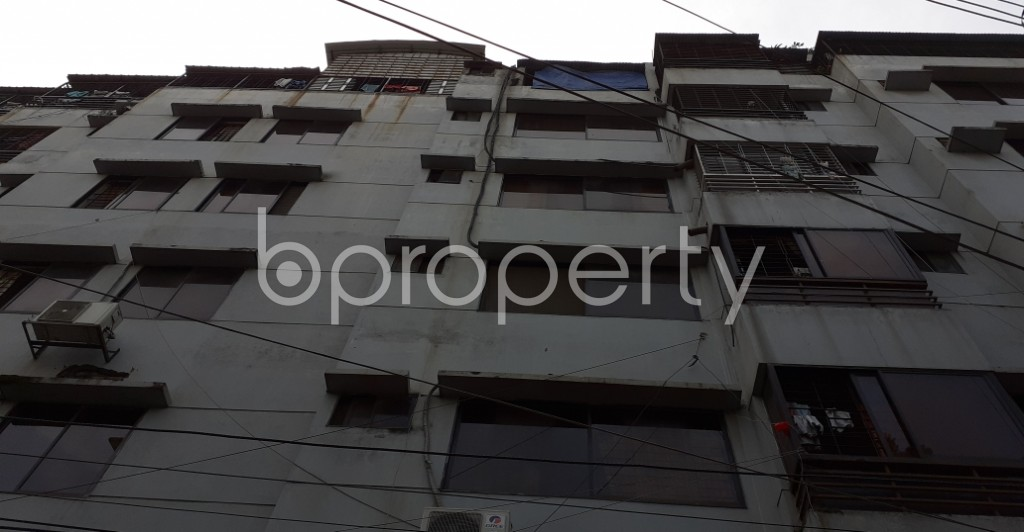 Outside view - 3 Bed Apartment to Rent in Dhanmondi, Dhaka - 1944602