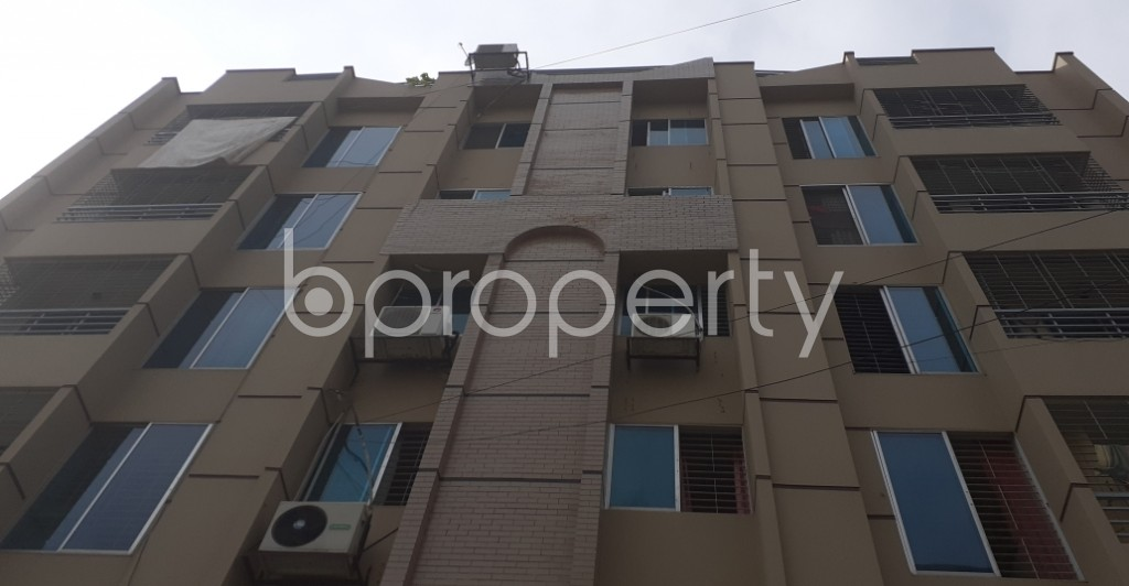 Front view - 3 Bed Apartment for Sale in Bashundhara R-A, Dhaka - 1944728