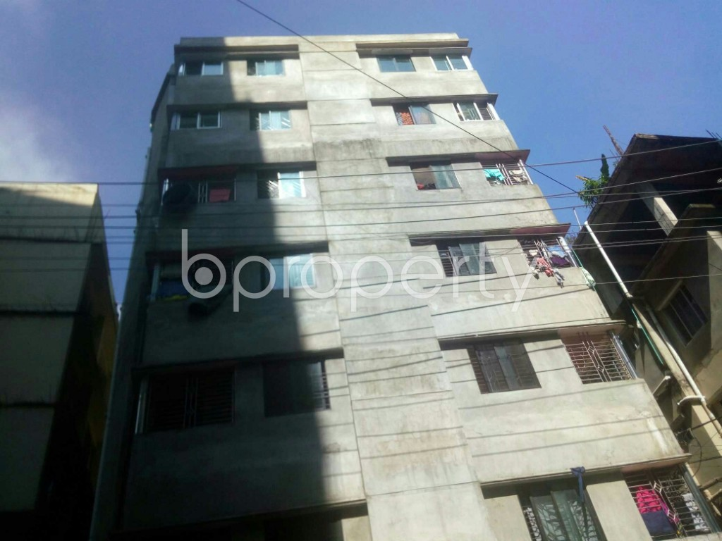 Front view - 2 Bed Apartment to Rent in 16 No. Chawk Bazaar Ward, Chattogram - 1944796