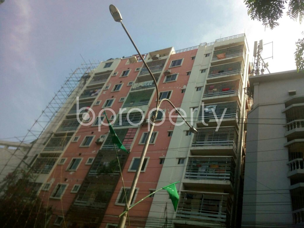 Front view - 3 Bed Apartment to Rent in 16 No. Chawk Bazaar Ward, Chattogram - 1944819