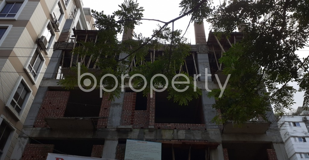 Front view - 3 Bed Apartment for Sale in Bashundhara R-A, Dhaka - 1944930