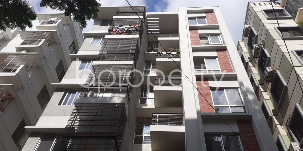 Front view - 3 Bed Apartment for Sale in Bashundhara R-A, Dhaka - 1945181