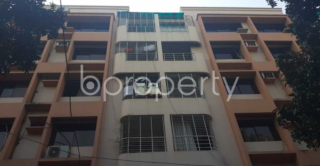 Front view - 4 Bed Apartment for Sale in Gulshan, Dhaka - 1945503