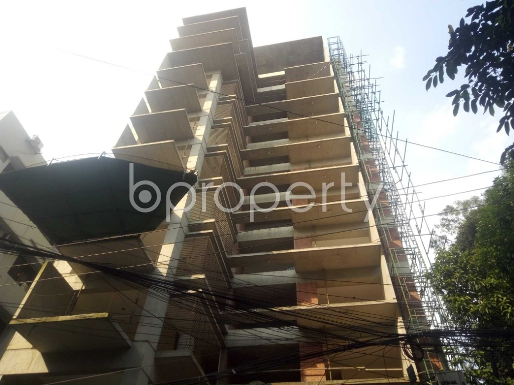 Front view - 4 Bed Apartment for Sale in Gulshan, Dhaka - 1945571