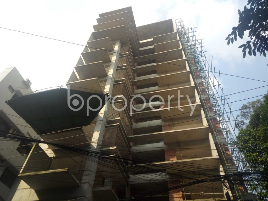 Front view - 4 Bed Apartment for Sale in Gulshan, Dhaka - 1945575
