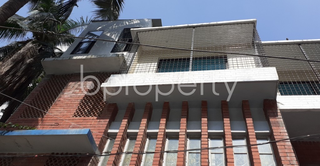Outside view - 3 Bed Apartment to Rent in Dhanmondi, Dhaka - 1945812
