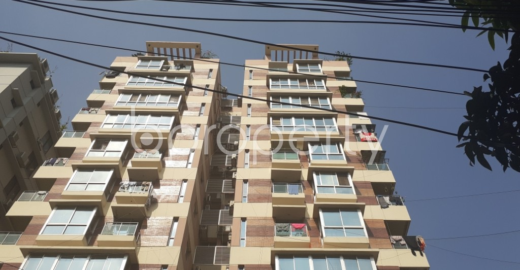 Front view - 4 Bed Apartment to Rent in Dhanmondi, Dhaka - 1945894
