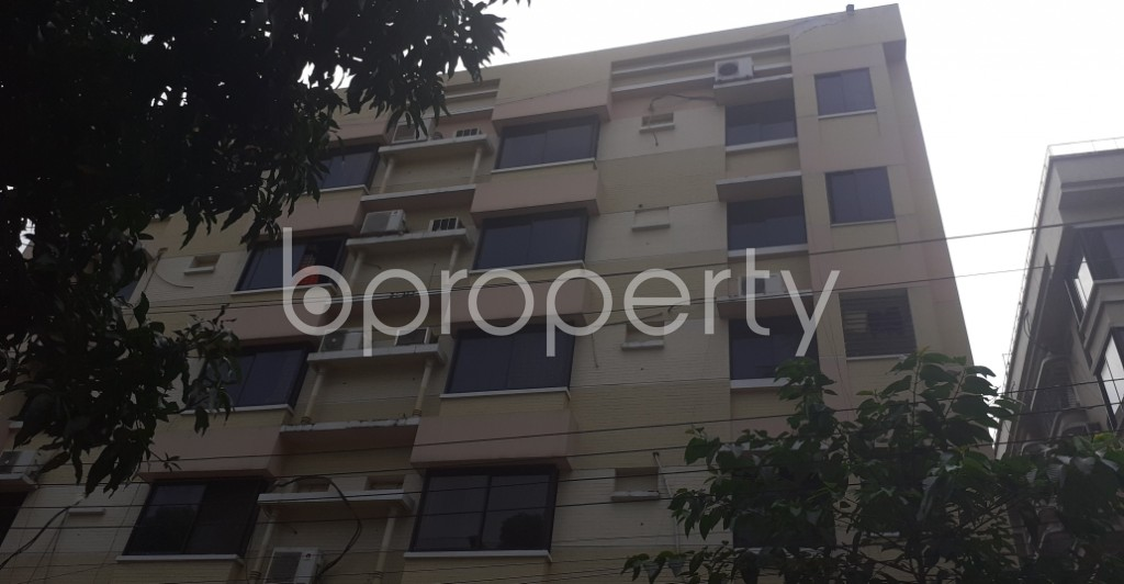 Front view - 4 Bed Apartment to Rent in Dhanmondi, Dhaka - 1945898