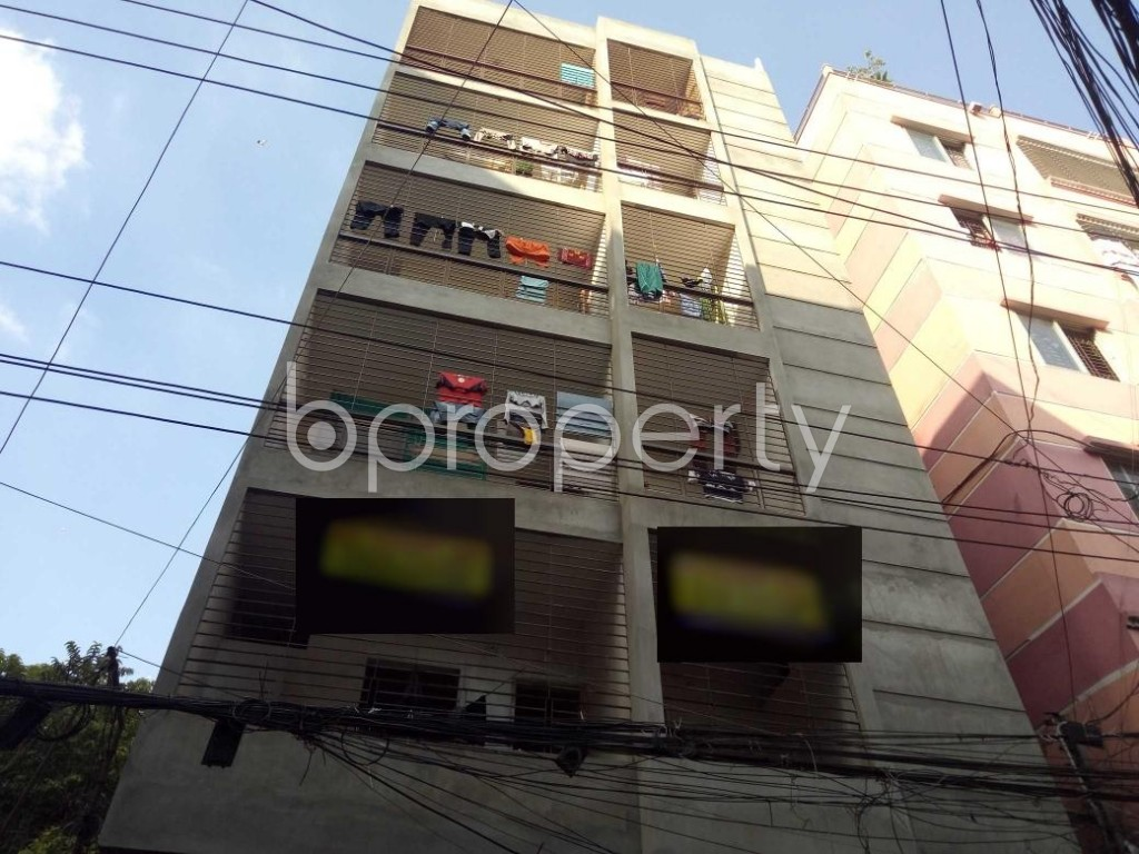 Front view - 3 Bed Apartment to Rent in Lalbagh, Dhaka - 1946309