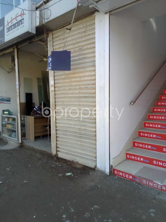 Outside view - Shop to Rent in Badda, Dhaka - 1946485