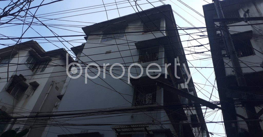 Outside view - 2 Bed Apartment to Rent in Dhanmondi, Dhaka - 1946595