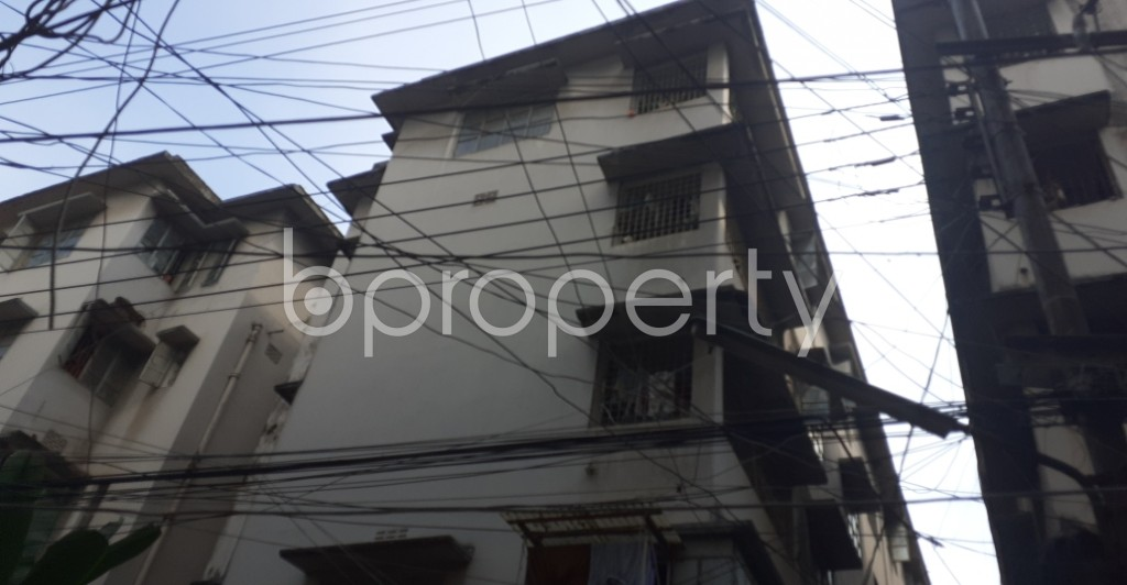 Outside view - 2 Bed Apartment to Rent in Dhanmondi, Dhaka - 1946596