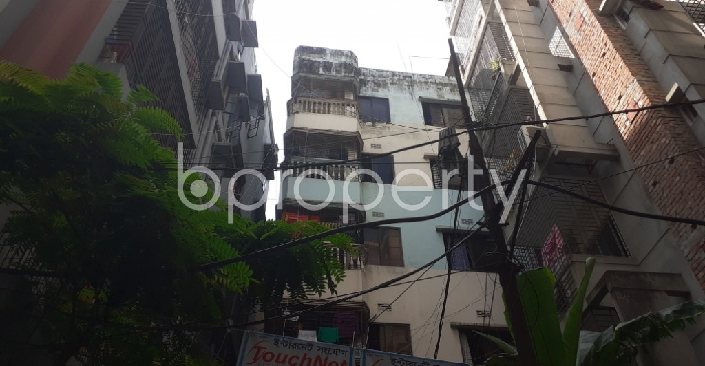 Outside view - 2 Bed Apartment to Rent in Dhanmondi, Dhaka - 1946597