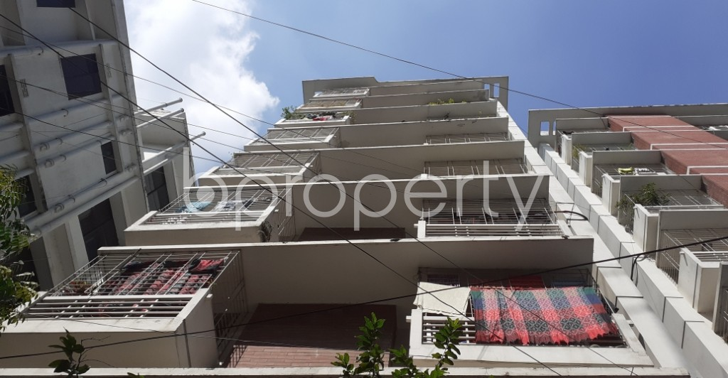 Outside view - 3 Bed Apartment to Rent in Dhanmondi, Dhaka - 1946605