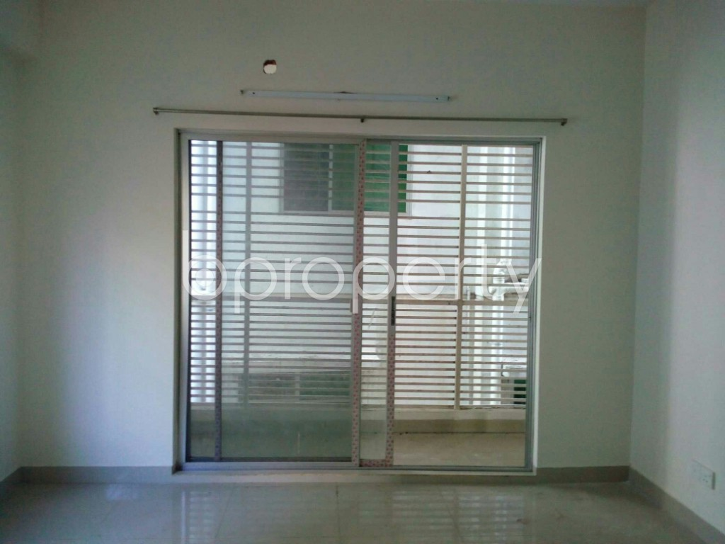 Empty Room - 3 Bed Apartment for Sale in Khulshi, Chattogram - 1946843