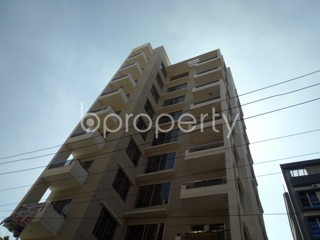 Front view - 3 Bed Apartment for Sale in Bashundhara R-A, Dhaka - 1947063