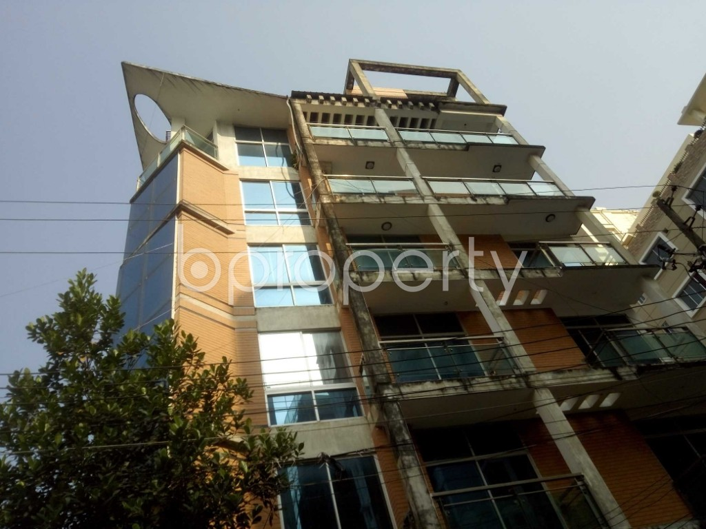 Outside view - 4 Bed Apartment to Rent in Baridhara, Dhaka - 1947493