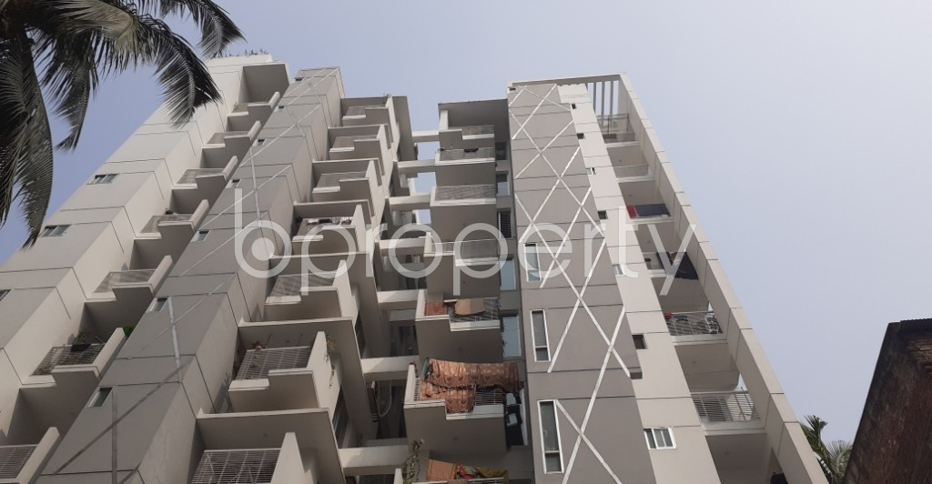 Front view - 3 Bed Apartment to Rent in New Market, Dhaka - 1948591