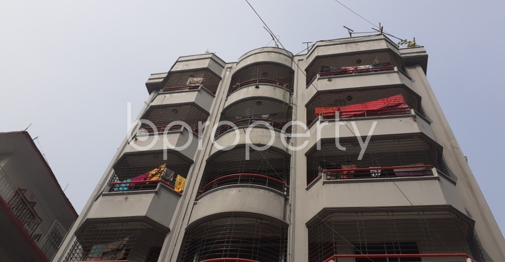 Outside view - 3 Bed Apartment to Rent in Lalmatia, Dhaka - 1948809