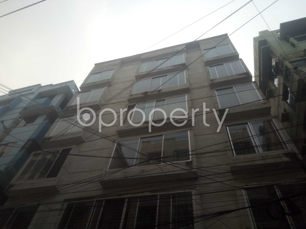 Front view - 3 Bed Apartment for Sale in Baridhara, Dhaka - 1949166