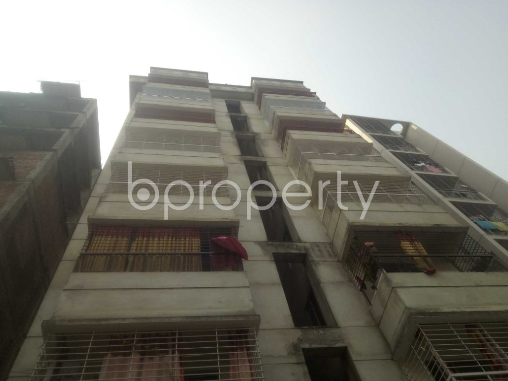 Front view - 3 Bed Apartment to Rent in Baridhara, Dhaka - 1949841
