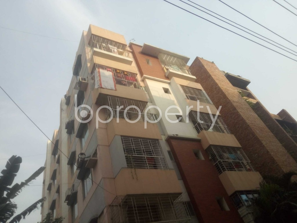 Outside view - 3 Bed Apartment to Rent in Baridhara, Dhaka - 1949979