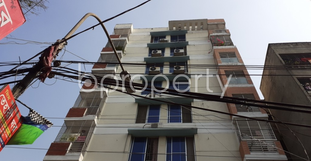 Outside view - 3 Bed Apartment to Rent in Lalmatia, Dhaka - 1950338