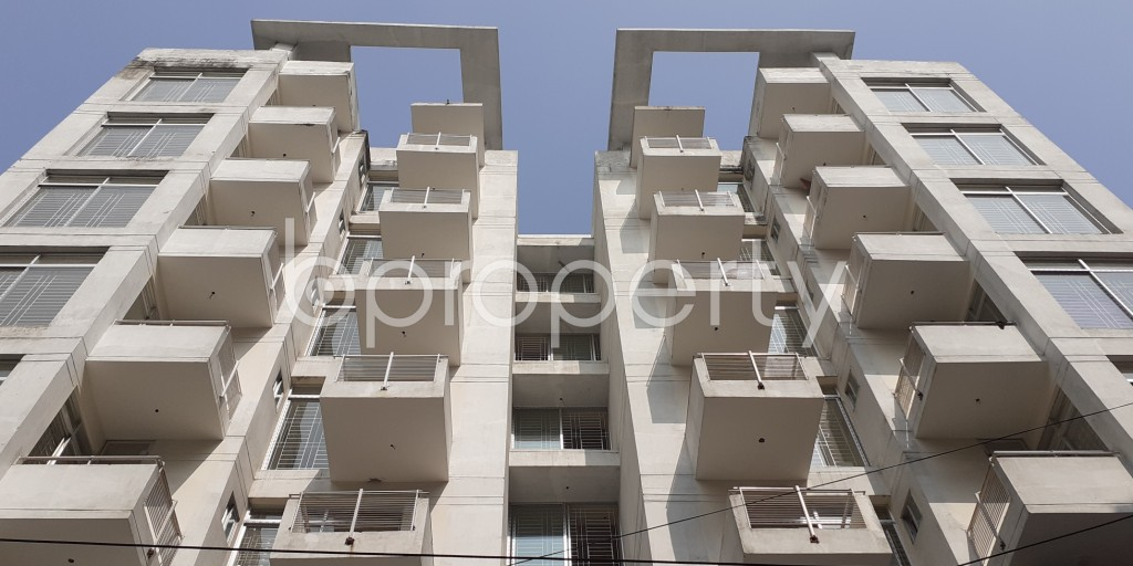 Front view - 3 Bed Apartment for Sale in Bashundhara R-A, Dhaka - 1950559