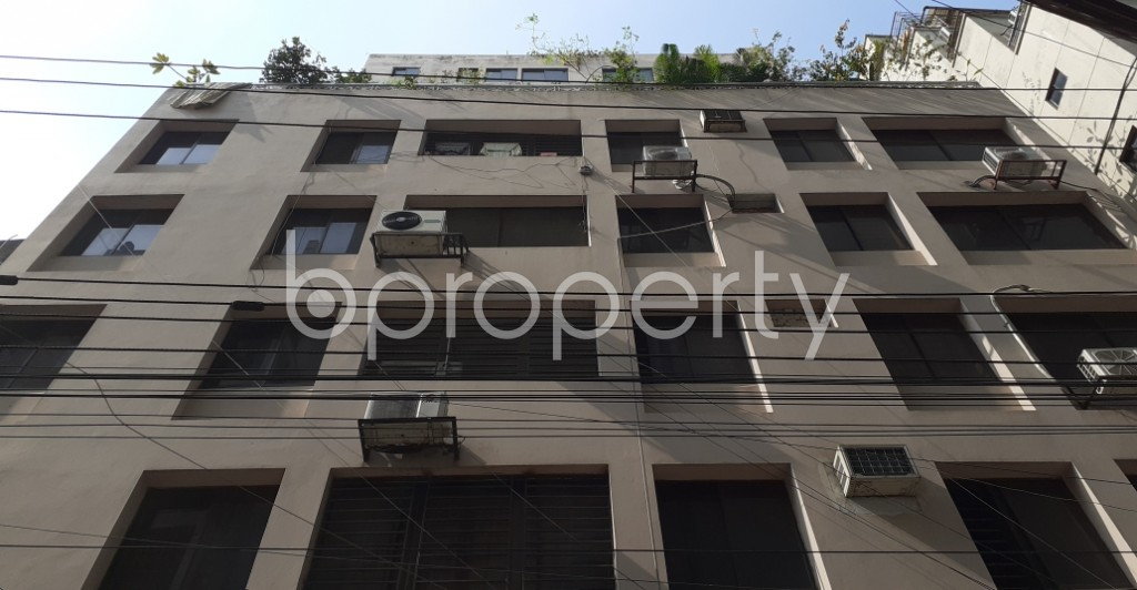 Front view - 3 Bed Apartment to Rent in New Market, Dhaka - 1950799