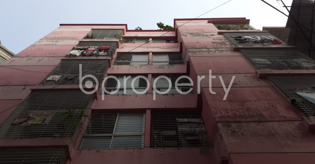 Front view - 3 Bed Apartment to Rent in New Market, Dhaka - 1950802