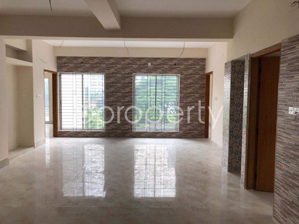 Dining area - 4 Bed Apartment for Sale in Bashundhara R-A, Dhaka - 1912311