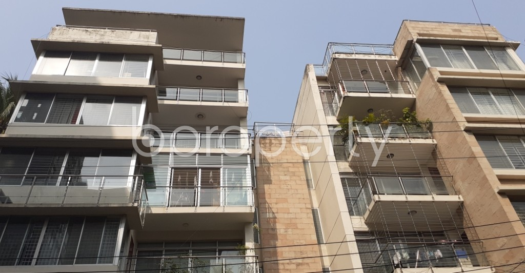 Front view - 4 Bed Apartment to Rent in Gulshan, Dhaka - 1950192