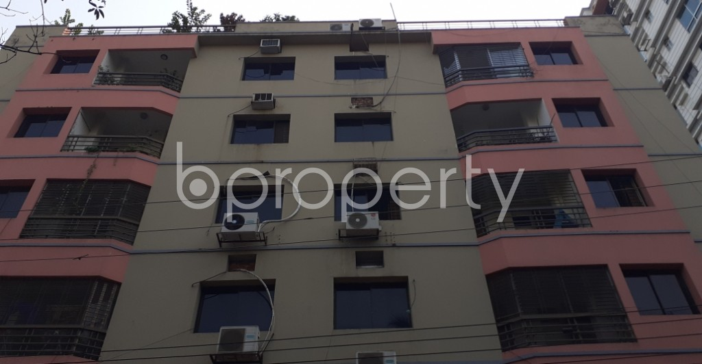 Front view - 4 Bed Apartment to Rent in Gulshan, Dhaka - 1950193