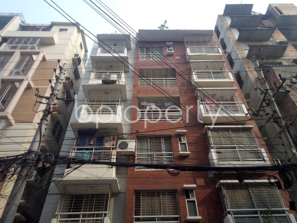 Outside view - 3 Bed Apartment to Rent in Banani, Dhaka - 1951360
