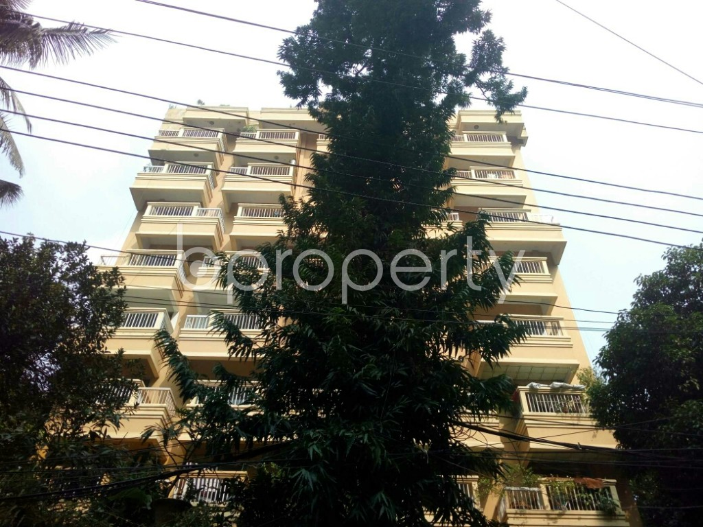 Front view - 4 Bed Apartment to Rent in Banani, Dhaka - 1951529