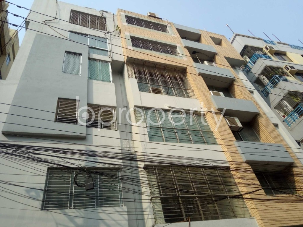 Front view - 5 Bed Apartment for Sale in Gulshan, Dhaka - 1951806