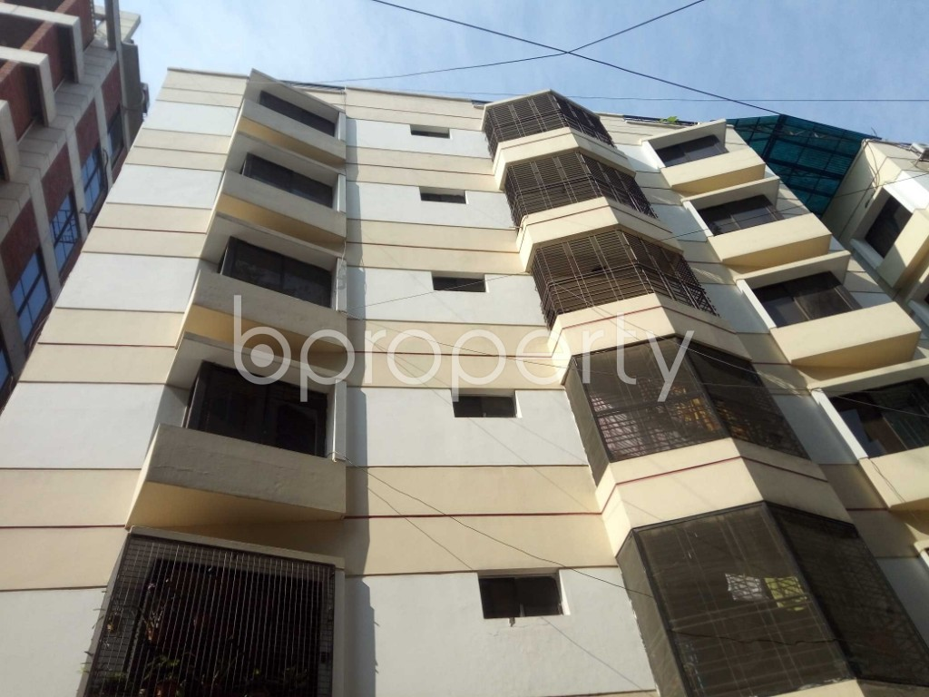 Outside view - 3 Bed Apartment to Rent in Banani, Dhaka - 1951893