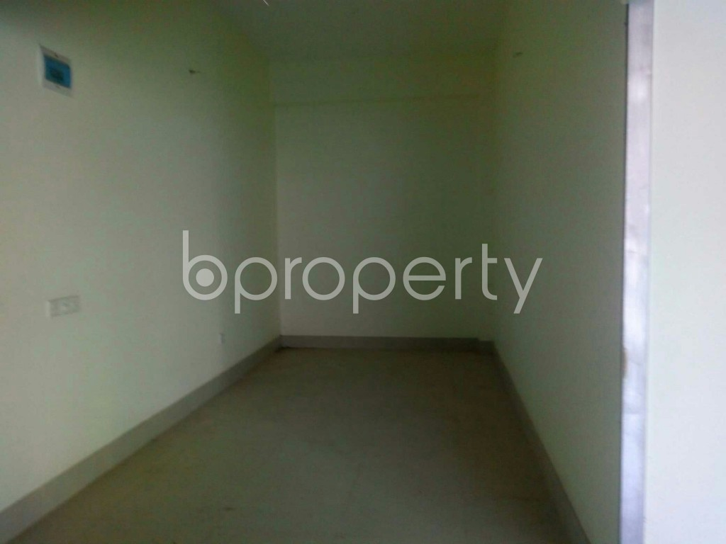Commercial inside - Shop for Sale in 4 No Chandgaon Ward, Chattogram - 1952051