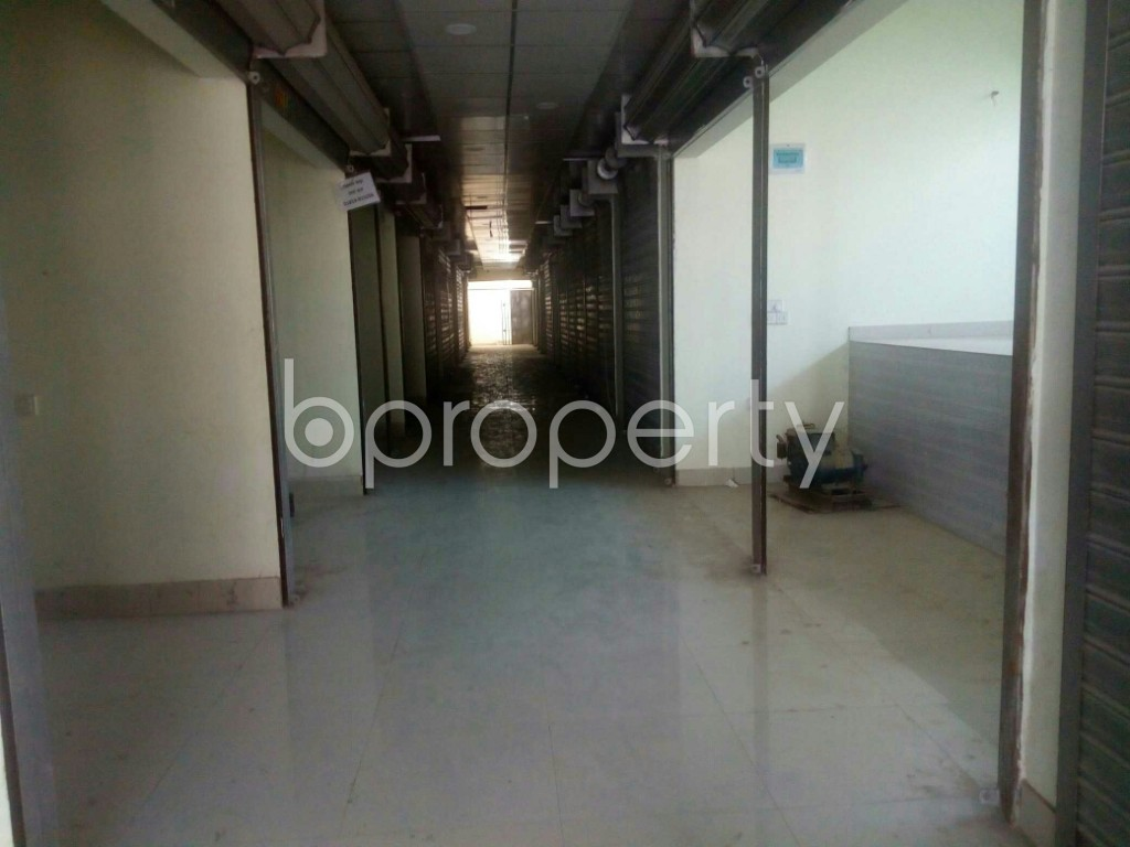 Commercial inside - Shop for Sale in 4 No Chandgaon Ward, Chattogram - 1952084