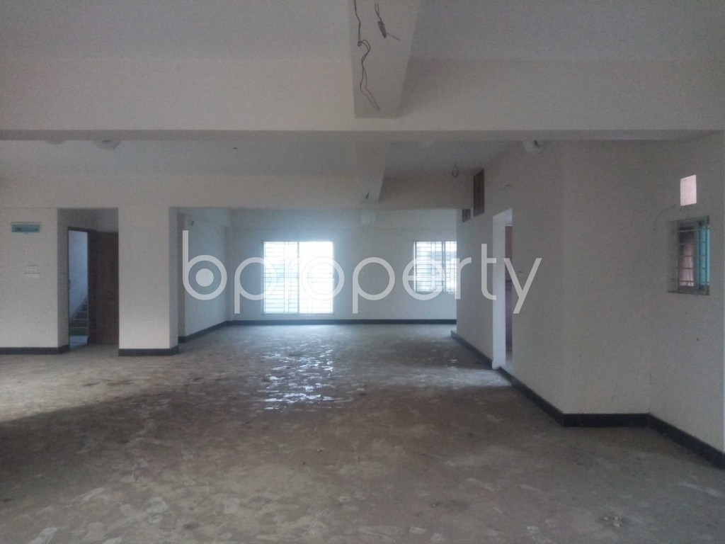 Commercial inside - Office to Rent in Aftab Nagar, Dhaka - 1952419