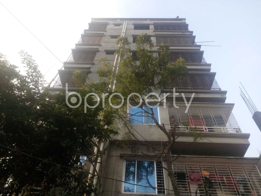 Front view - Office to Rent in Aftab Nagar, Dhaka - 1952432