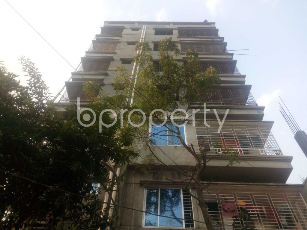 Front view - Office to Rent in Aftab Nagar, Dhaka - 1952435