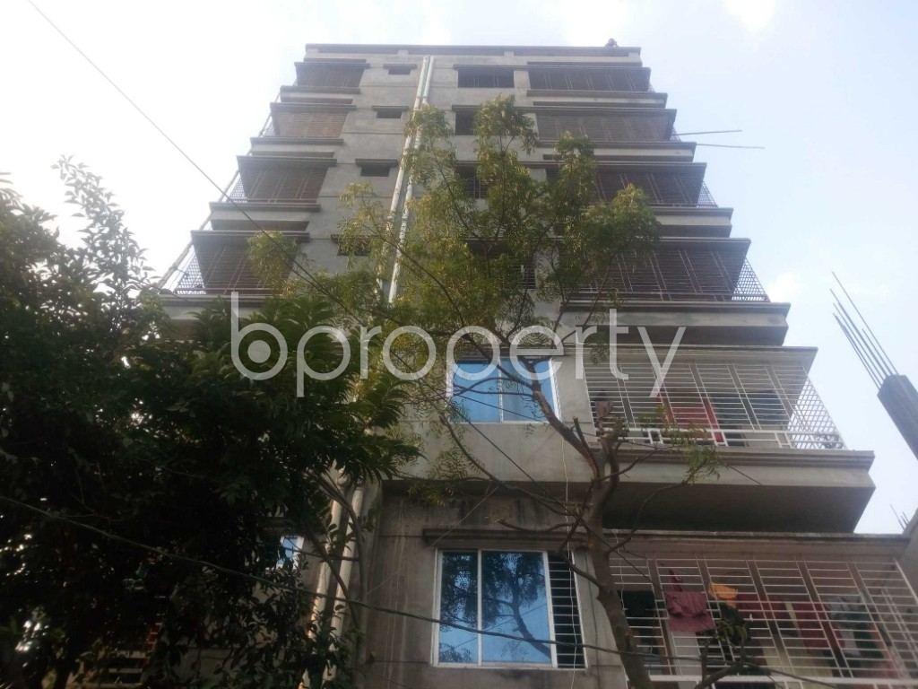 Front view - Office to Rent in Aftab Nagar, Dhaka - 1952436